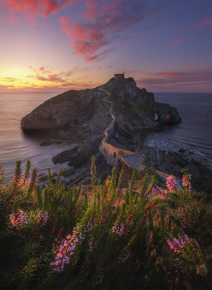 Stunning sunset at Gaztelugatxe by Aritz Atela