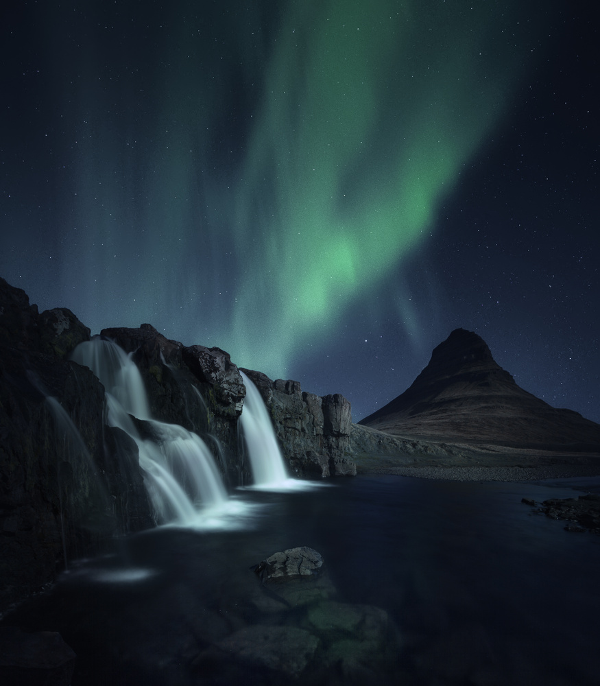 The Spell of The Aurora by Aritz Atela