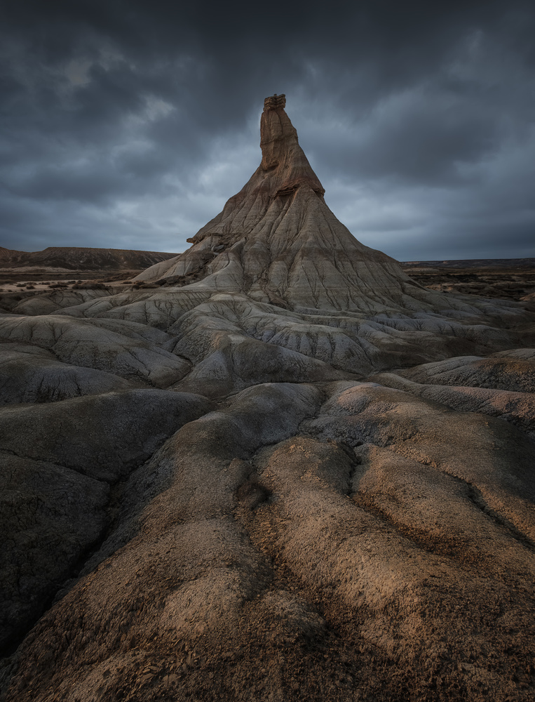 Patterns in a moody day by Aritz Atela