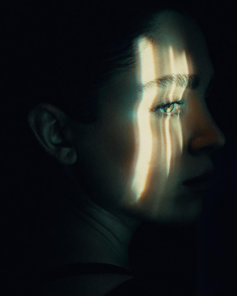 Dark Light by Babak Fatholahi