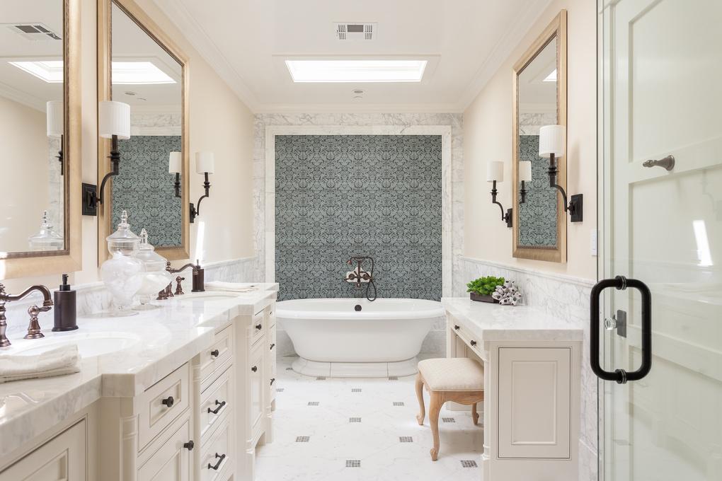 Corona del Mar Master Bathroom by Brandon Beechler