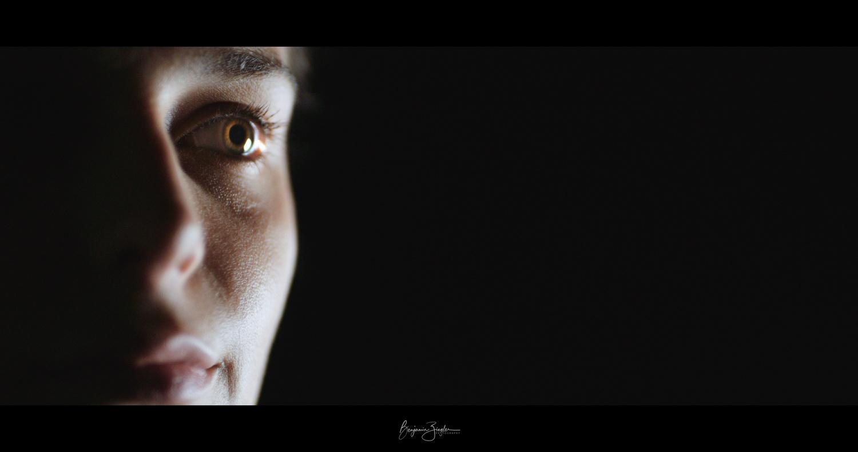 Emma in the dark by Benjamin ZIEGLER
