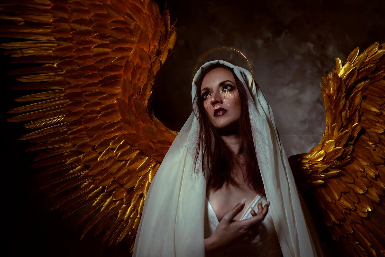 Angelus by Jess Hess