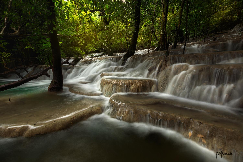 Steps by Geb Bunado