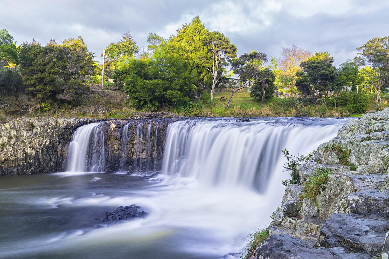 Haruru Falls by Blago Hristovski