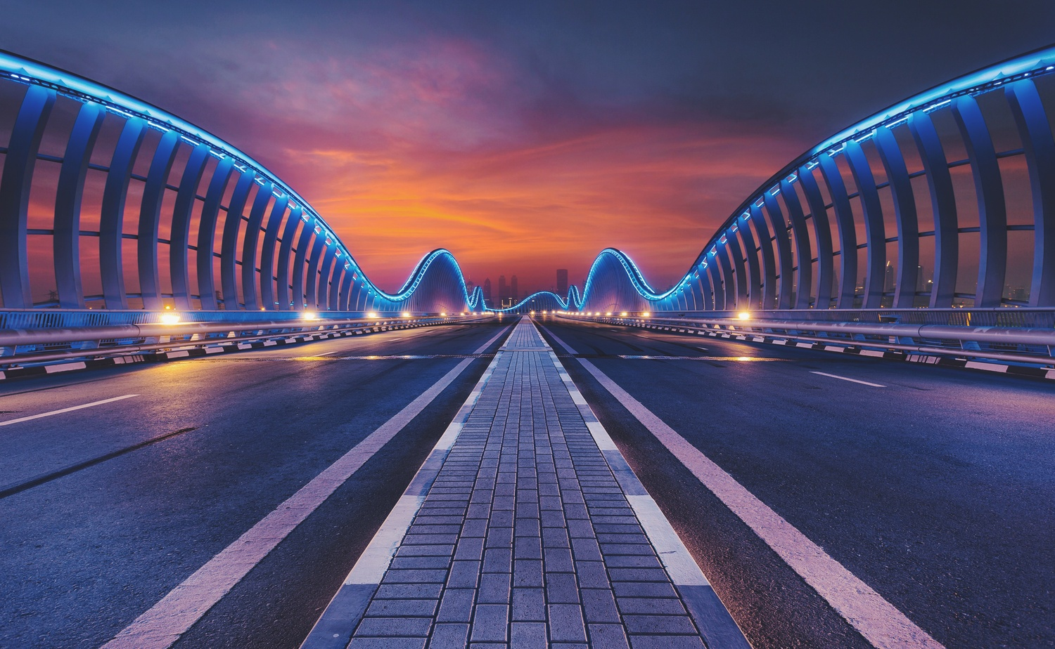 Meydan Bridge by Rafal Hyps