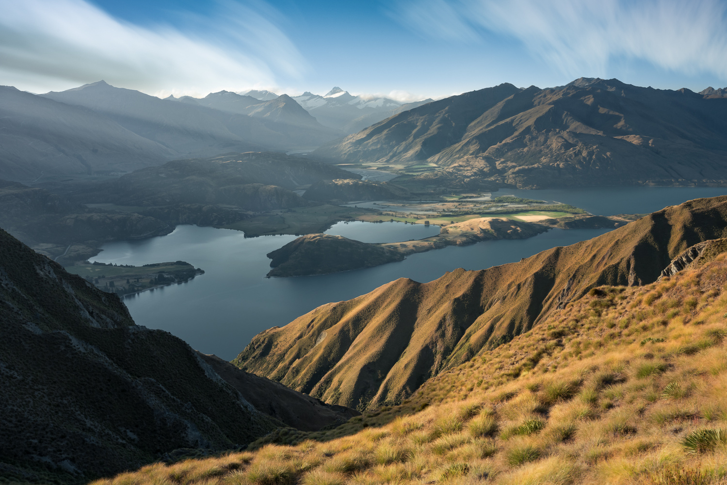 Another view from the Roys Peak by Masahiro Ikeda