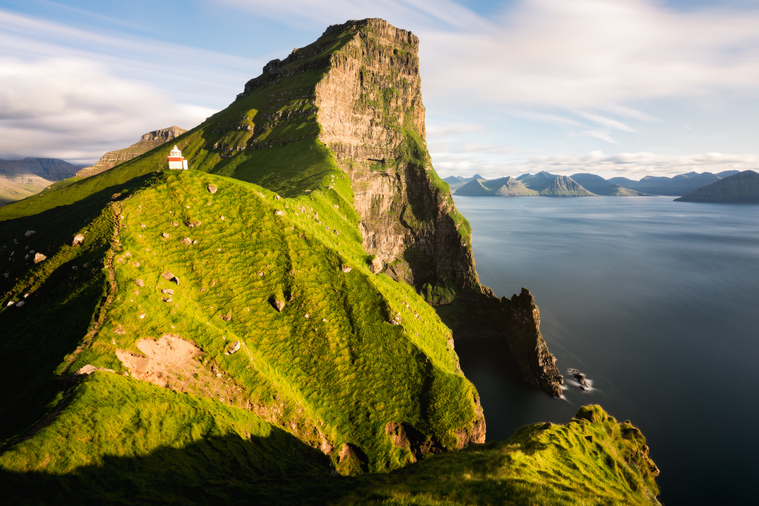 Kallur Lighthouse in the evening by MasaHiro IKEDA