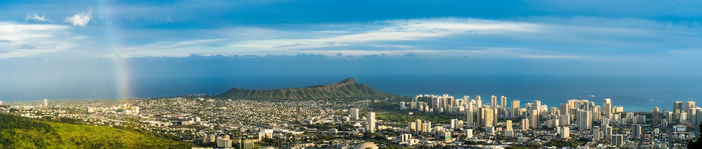 Honolulu Sunset by Igor Pavlenko