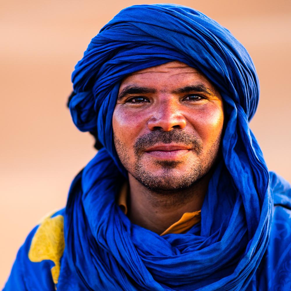 Sahara Camel Guide by Igor Pavlenko