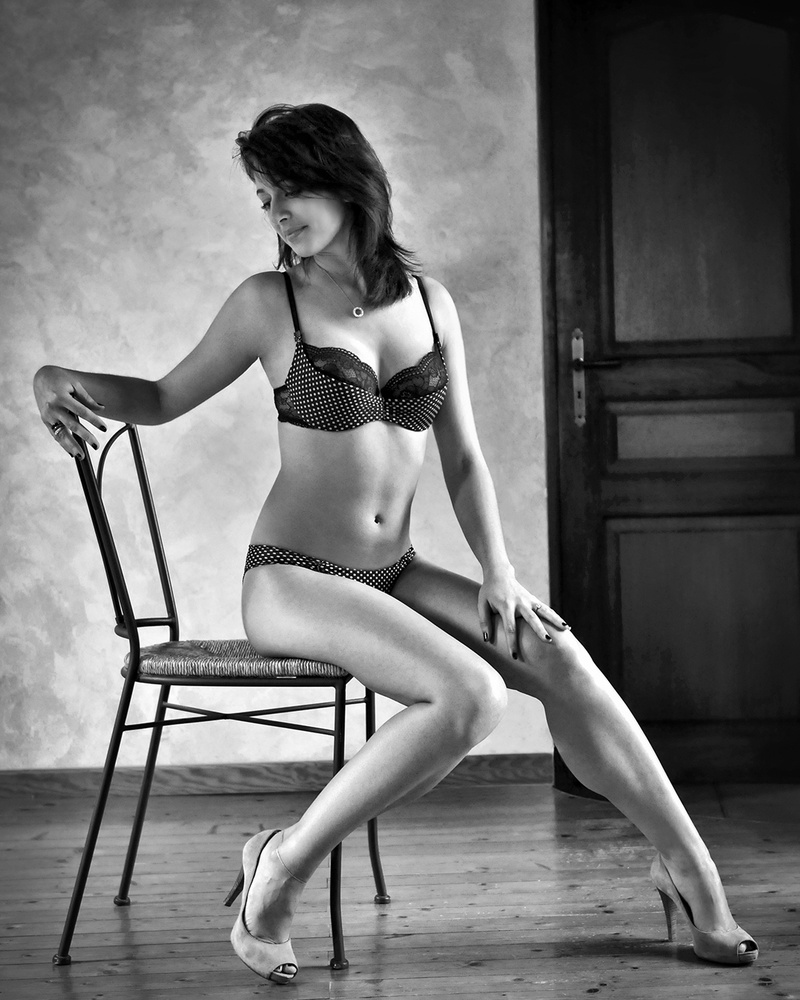 Boudoir and Glamour Photography by Gil Vettraino