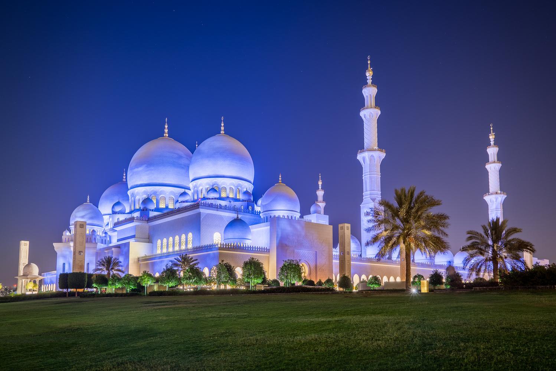 Sheikh Zayed Grand Mosque by David Bjorgen