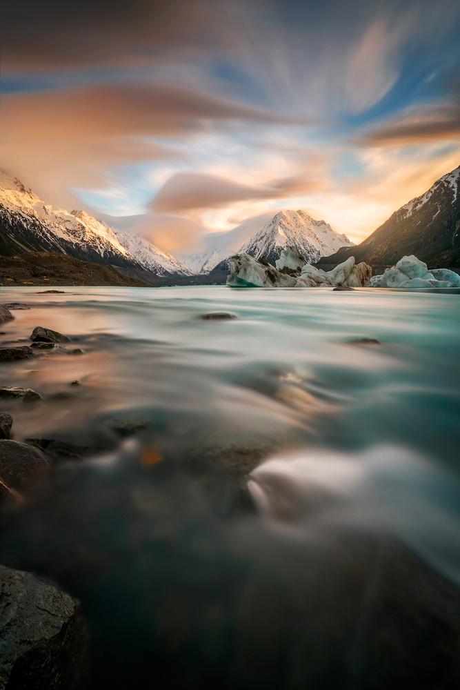 Tasman Flow by Danny Tan