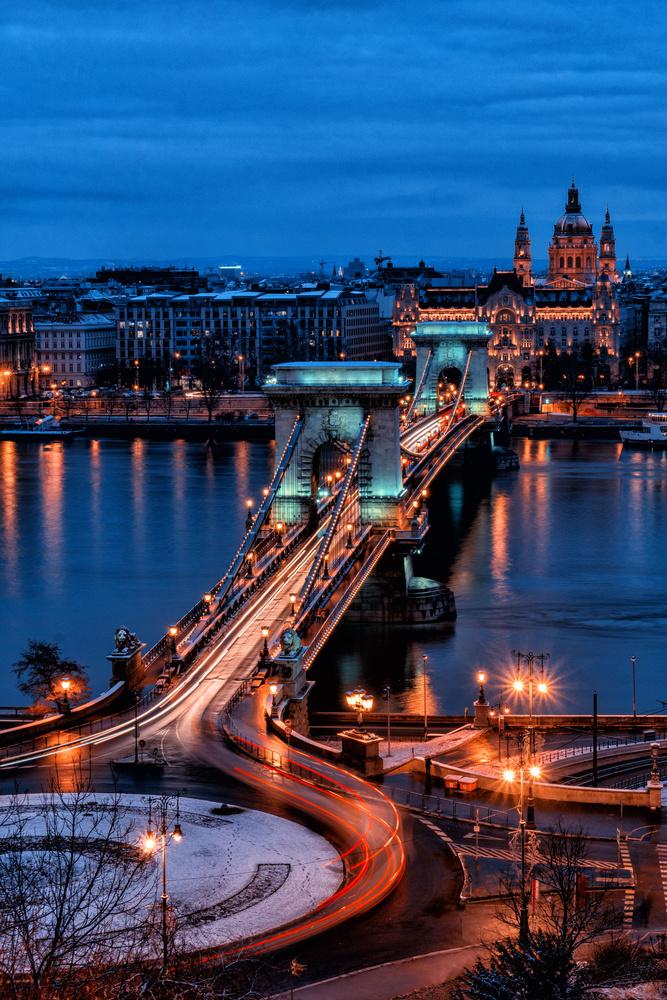 Széchenyi Chain Bridge by Ramon Crivelli