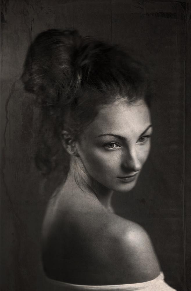 Portrait of Anna by Sanna Vornanen