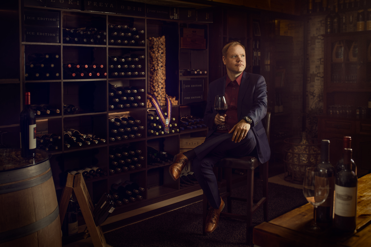 Portrait of the wine taster by Sanna Vornanen