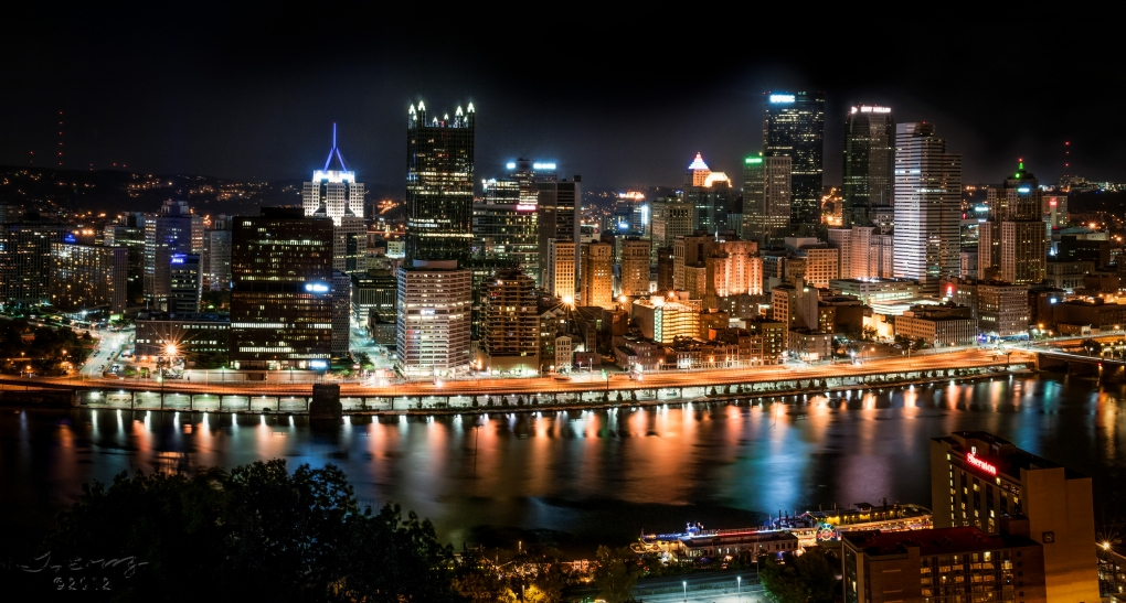 The 'burgh at Night by Tim Murray