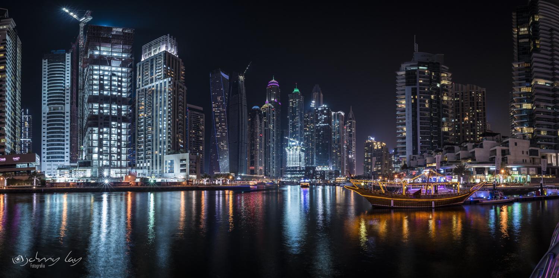 Dubai Marina Bay by Johnny Lay