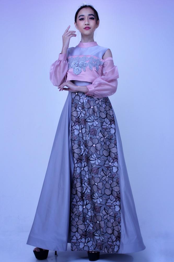 girl party dress design by Muhammad Akram Octaviori