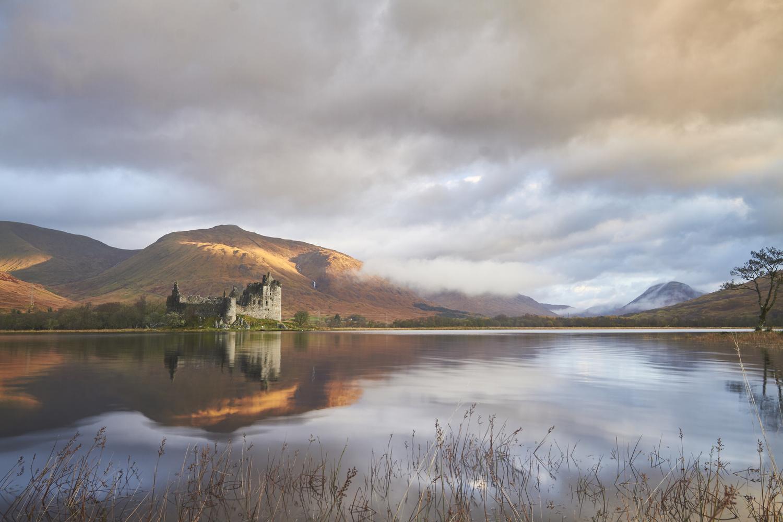 Kilchurn Castle by Chris Nefs