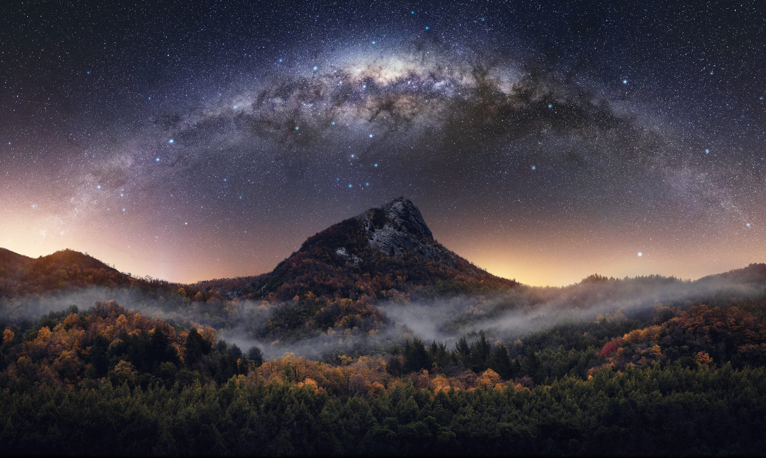 Milky Way Season ! by Francisco Mendez