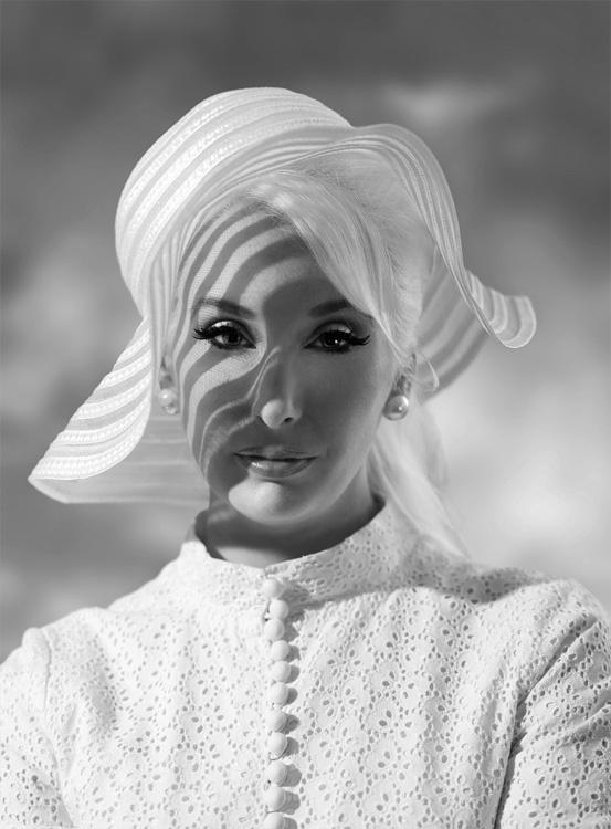 Julia Weston 1966 in London by pelle piano