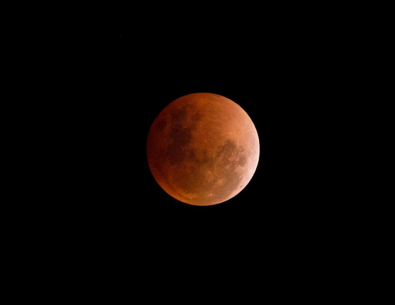 Lunar Eclipse, Super Blue Blood Moon by Babeh Helmi