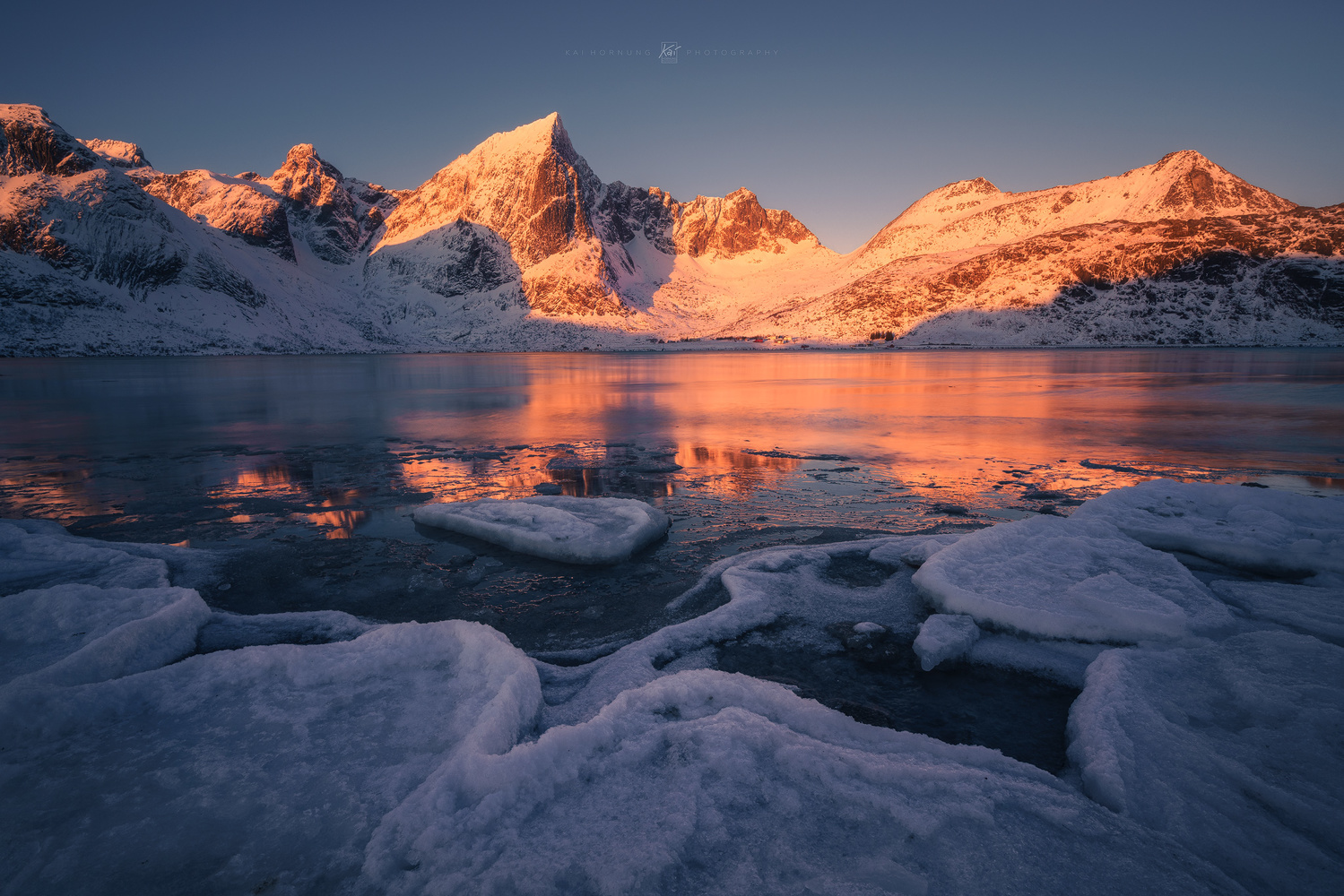 some arctic light by Kai Hornung