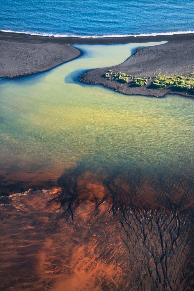 ocean to soil and back again by Kai Hornung