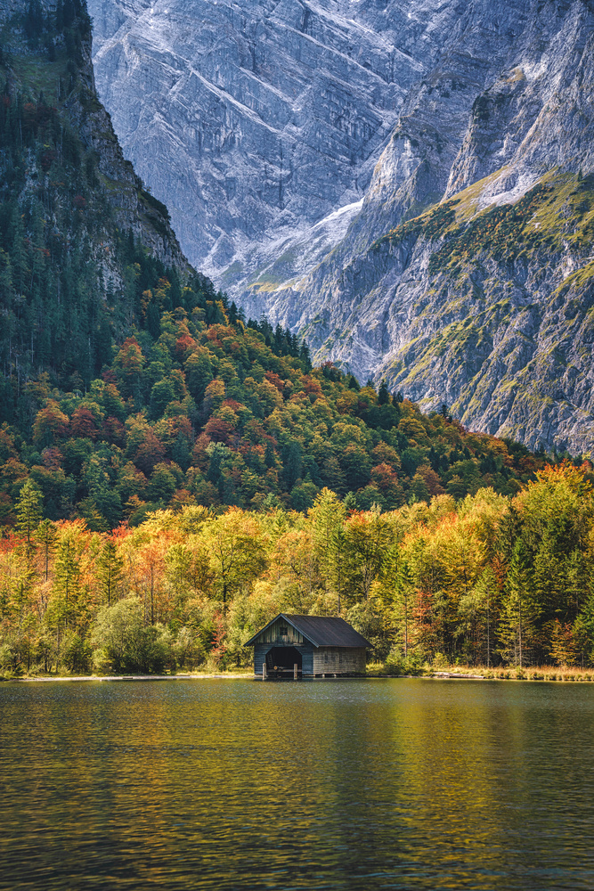 Königssee autumn hut by Kai Hornung