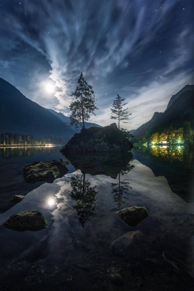 Hintersee night by Kai Hornung