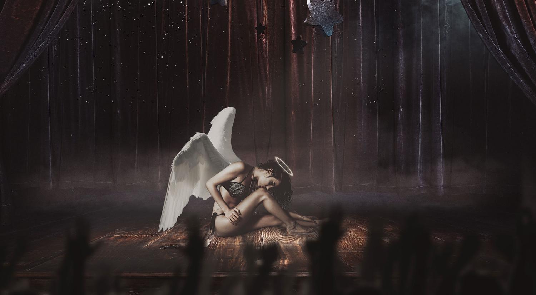 Angel has fallen by Mantis B