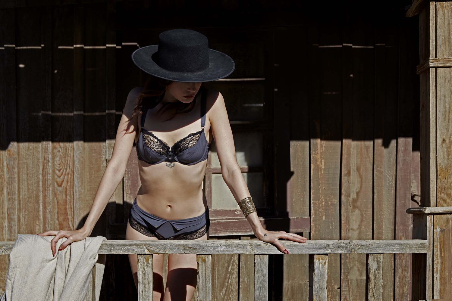 French Outdoor Lingerie shooting 01 by Stanislas Dorange