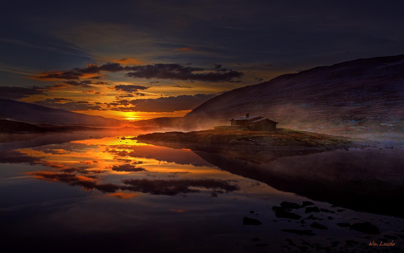 The Hut by Wim Lassche