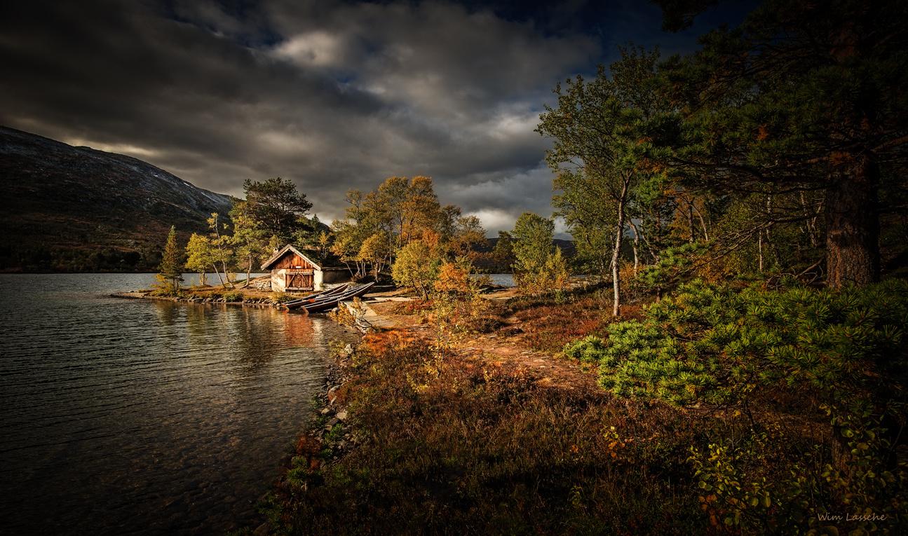 Boathouse by Wim Lassche