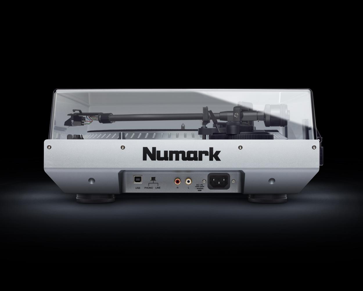 Numark NTX1000 by William Bond