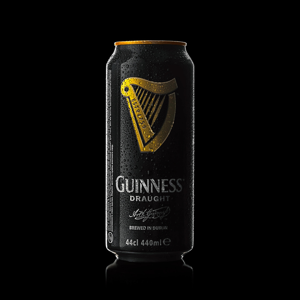 Guinness beer by Juriy Kolokolnikov