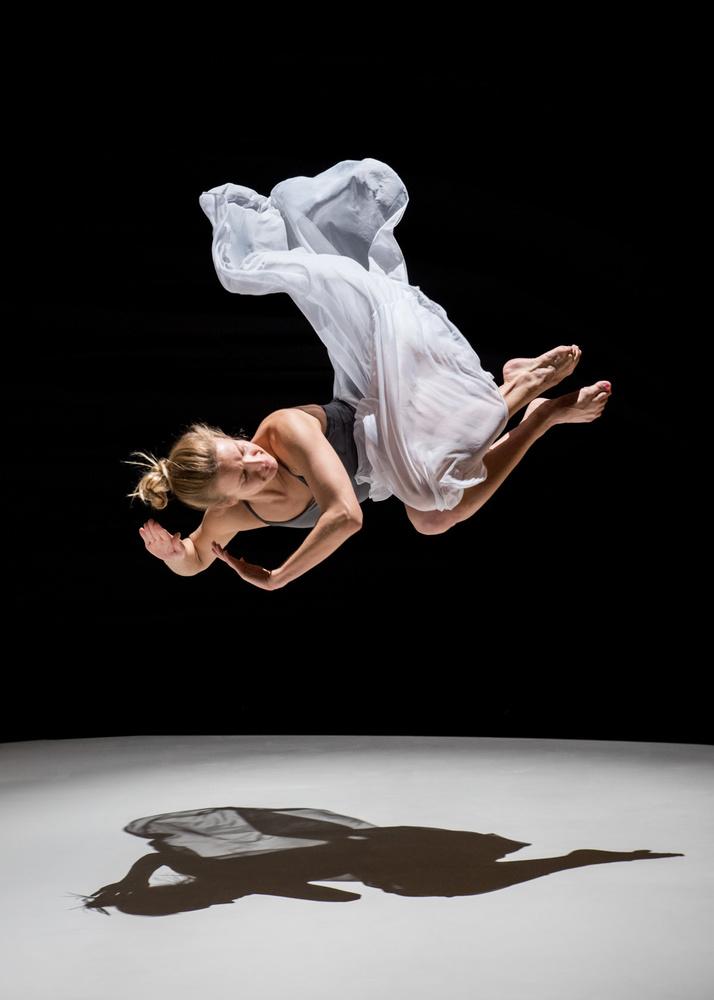 Fallling by Stephen Cihanek