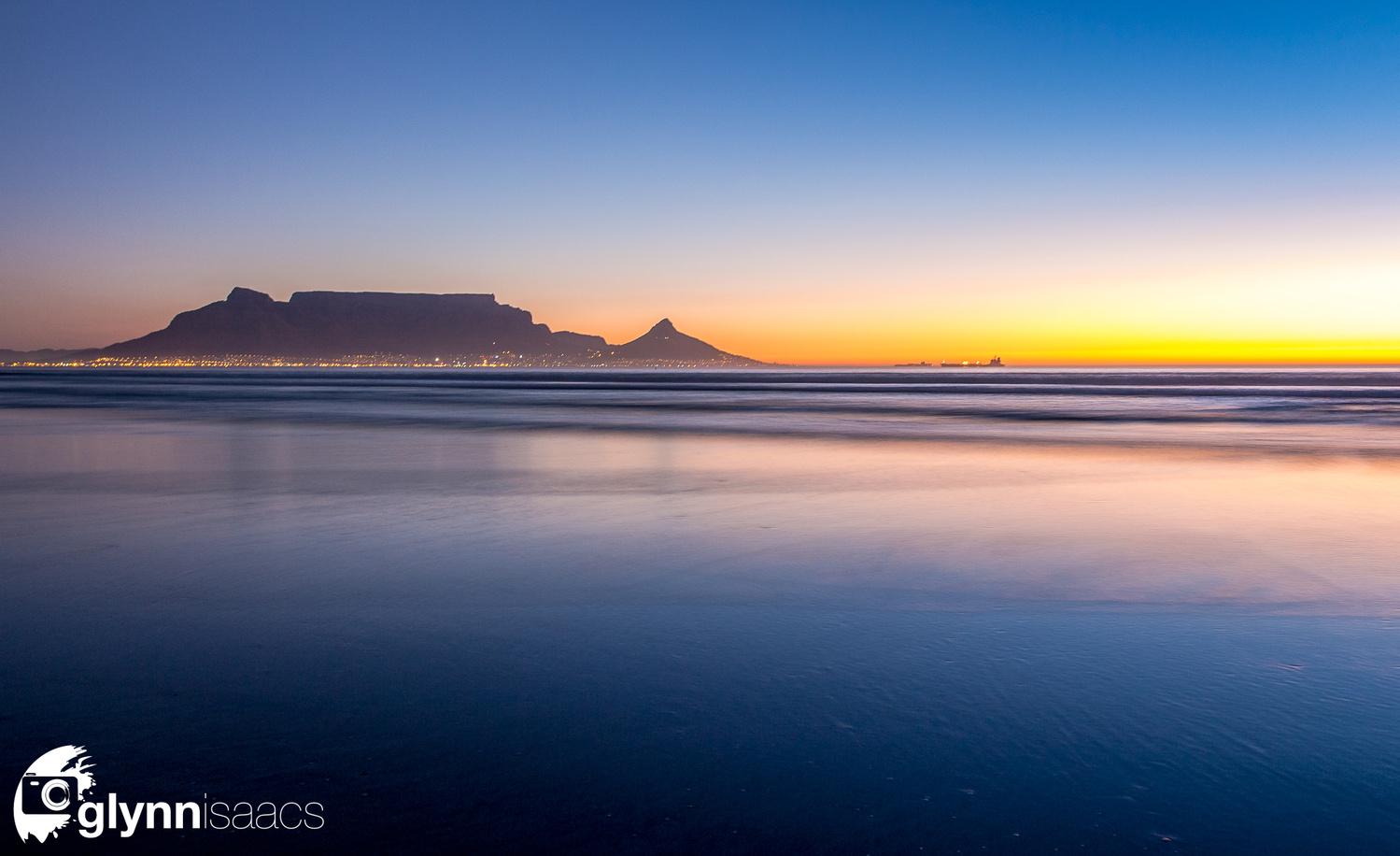Table Mountain by Glynn Isaacs