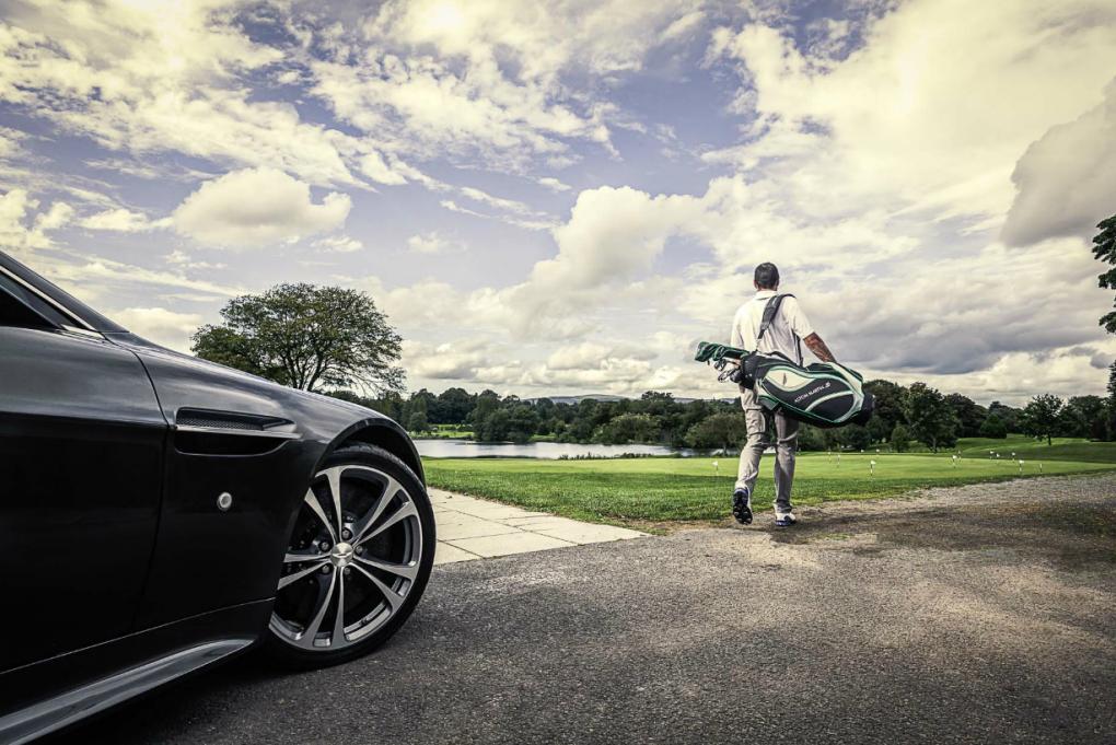Aston Martin Golf by Rob Durston