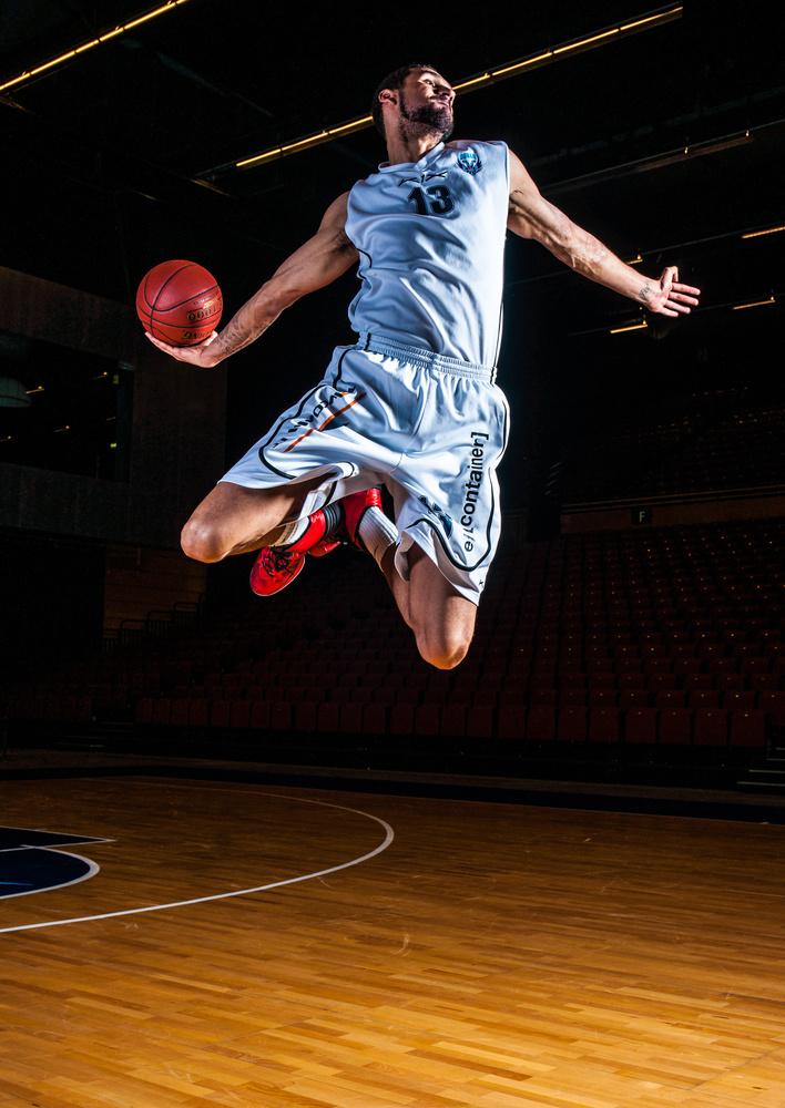 basketball portrait by Edwin keijzer