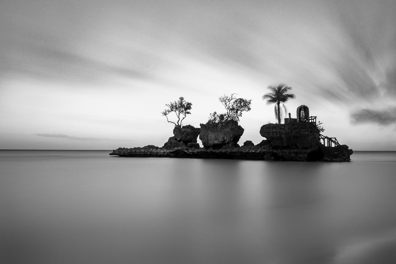 Willy's Rock by Marlon Malabuyoc