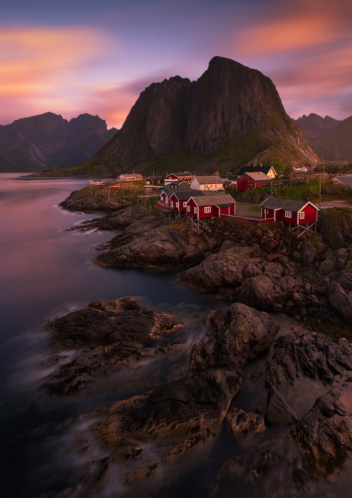 Hamnøy sunrise by Hans Gunnar Aslaksen