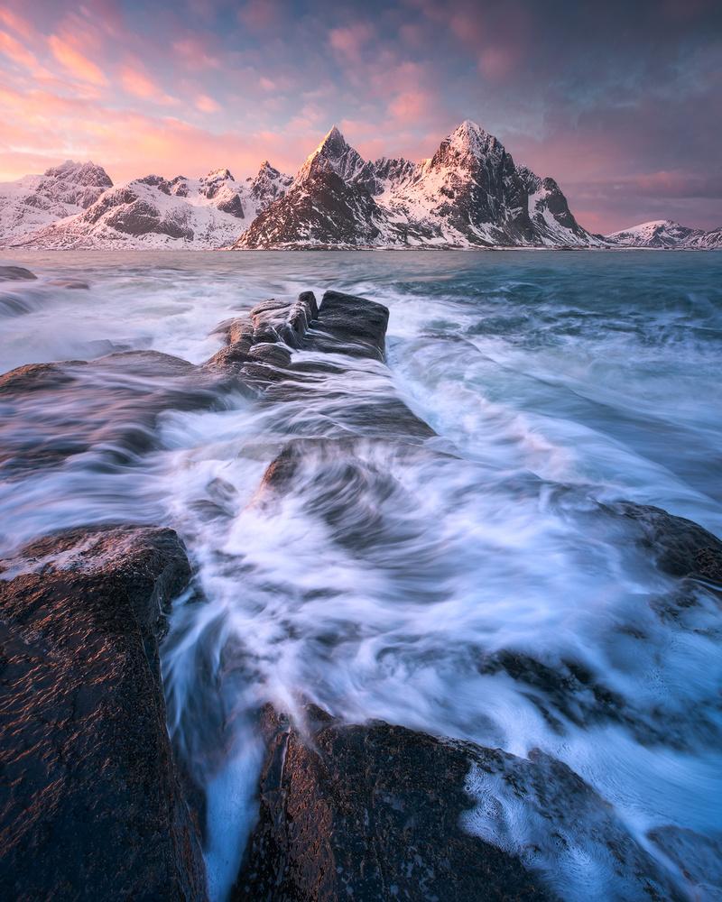 Vareid flow by Hans Gunnar Aslaksen