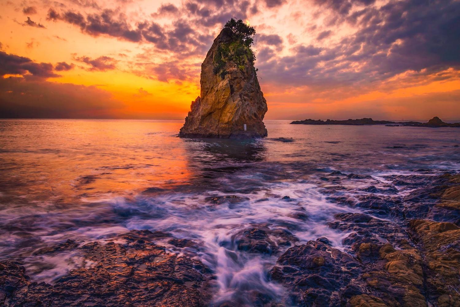 sunset by komine takehiro