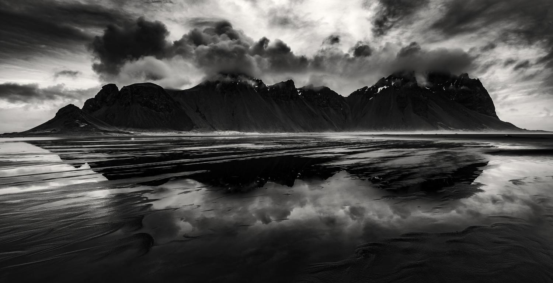 Cloudy Vesturhorn by Ali Salem