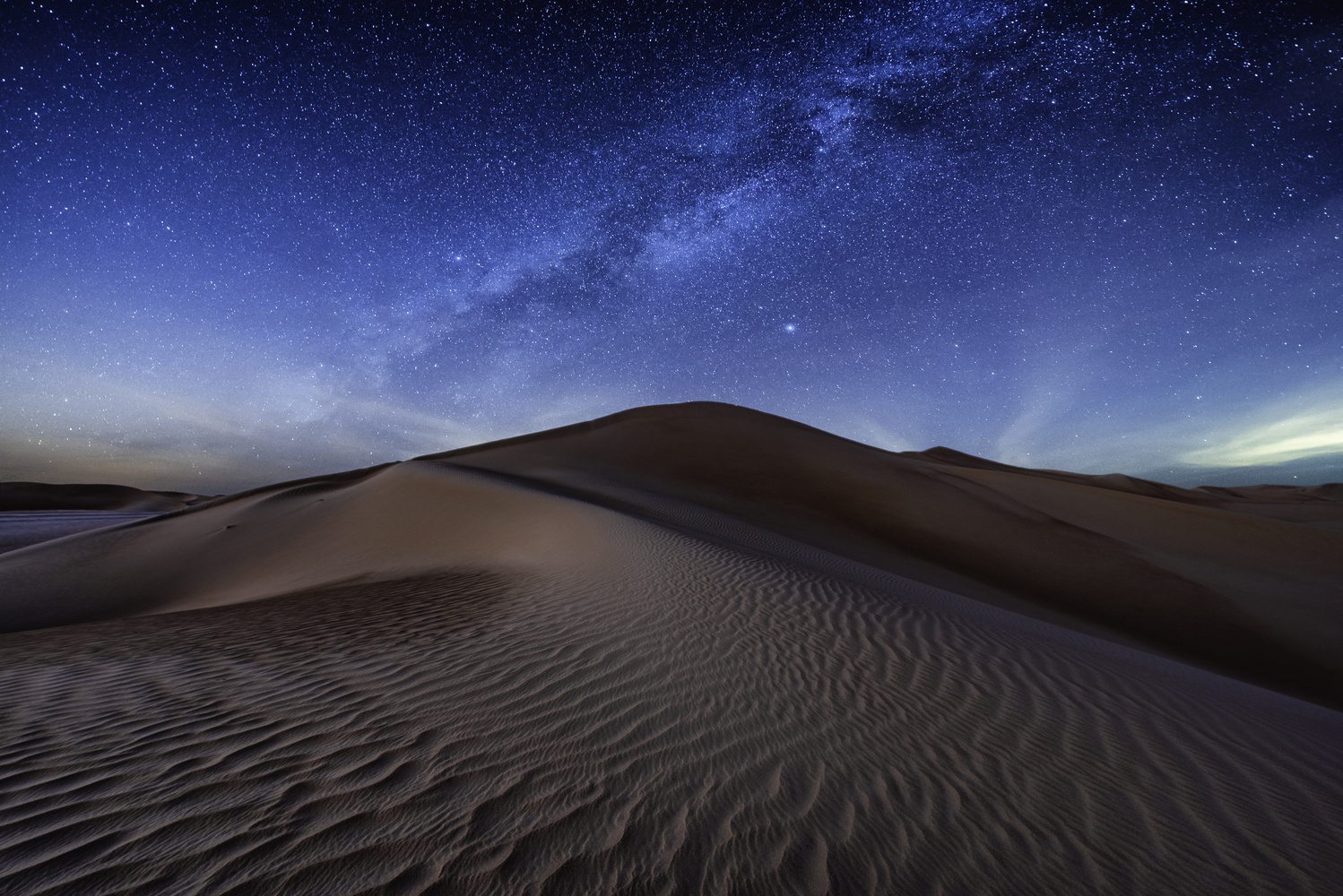 Stars and Dunes by Ali Salem