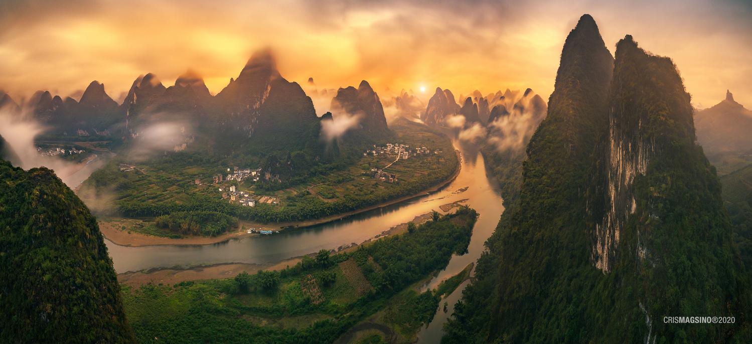 Li Jiang, Guilin China by Cris Magsino