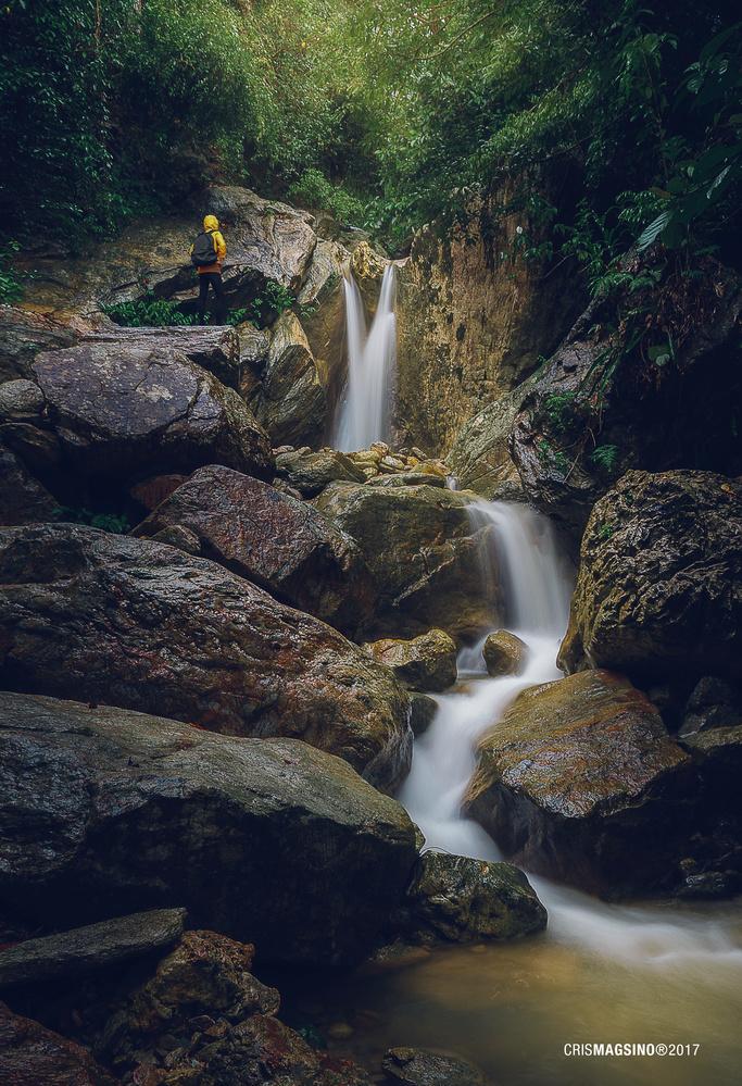 Talipanan Falls by Cris Magsino