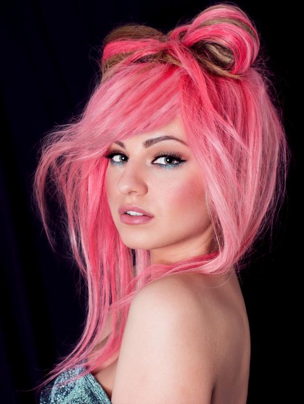 pinkish by Andreea Istriteanu